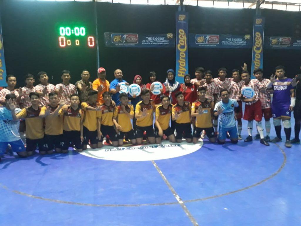 PT. Kalbe Farma Support Turnamen Futsal Bersih Narkoba