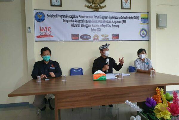 Pengesahan Relawan Anti Narkoba dan IBM di Kelurahan Balonggede